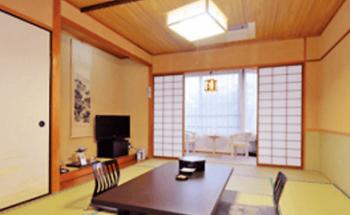 メナード青山ホテルの和室の画像